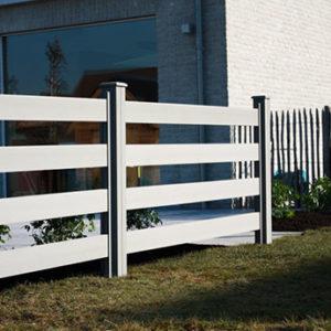 Ohradový WPC plot s hladkými plotovkami