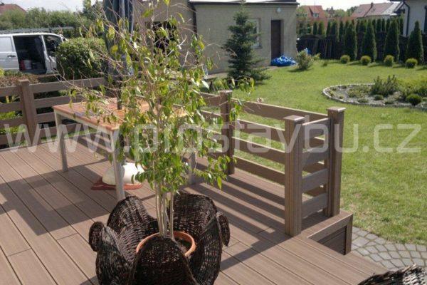 WPC plot Duofuse - oplocení terasy rodinného domu